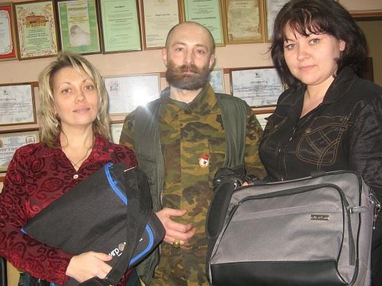 В Алчевскую лечебницу привезли ноутбуки